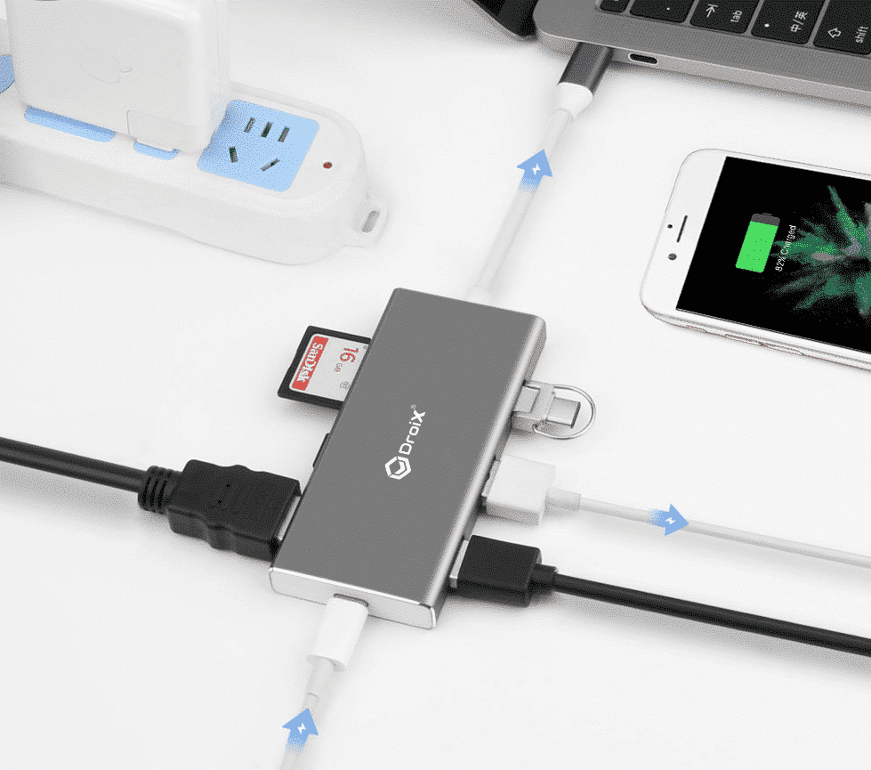 DroiX FX7 USB Type-C Hub connected to an Apple MacBook PRO
