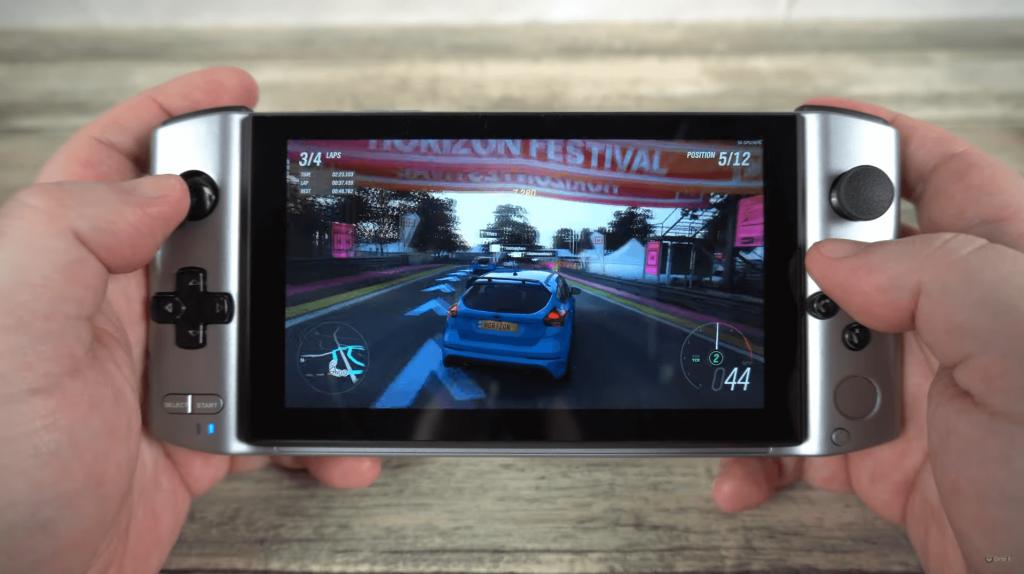 GPD Win 3 Playing Forza Horizon 4